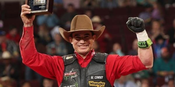 Ramon de Lima dá volta por cima ao vencer PBR Little Rock